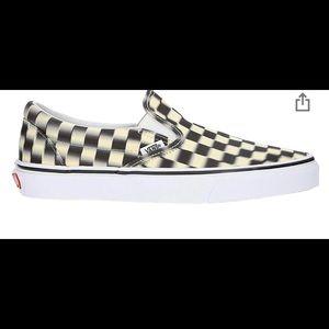 Blur black and white checkered